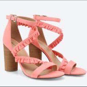 CALL IT SPRING    Quarata Block Ruffled Sandals